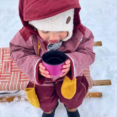 Zwerg Eisfuß? 5 Tipps für warme Kinderfüße am Berg