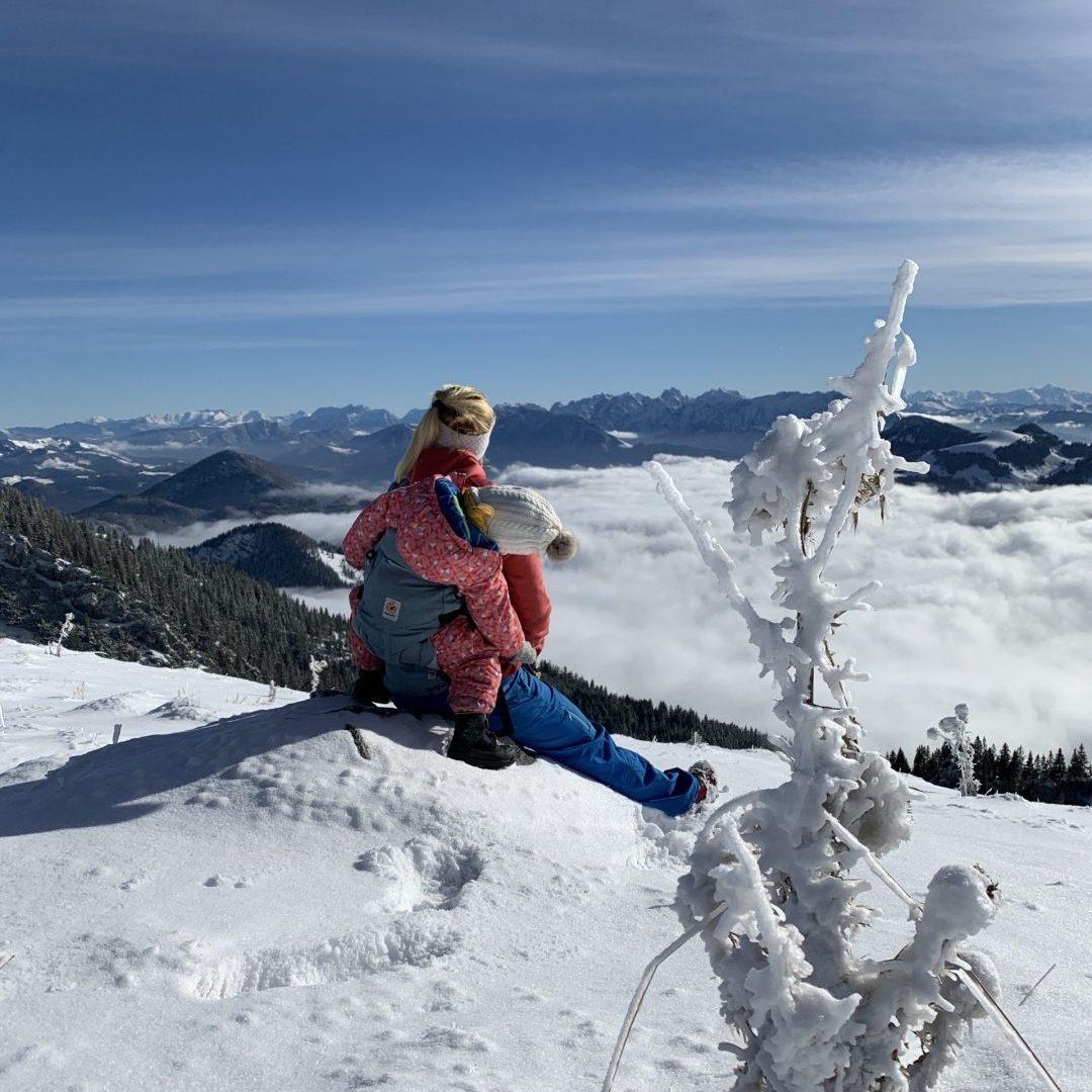 Endlich Schnee! 5 Tipps zum Winterwandern mit Kleinkind.